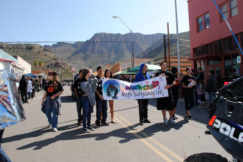 apache leap festival parade 085