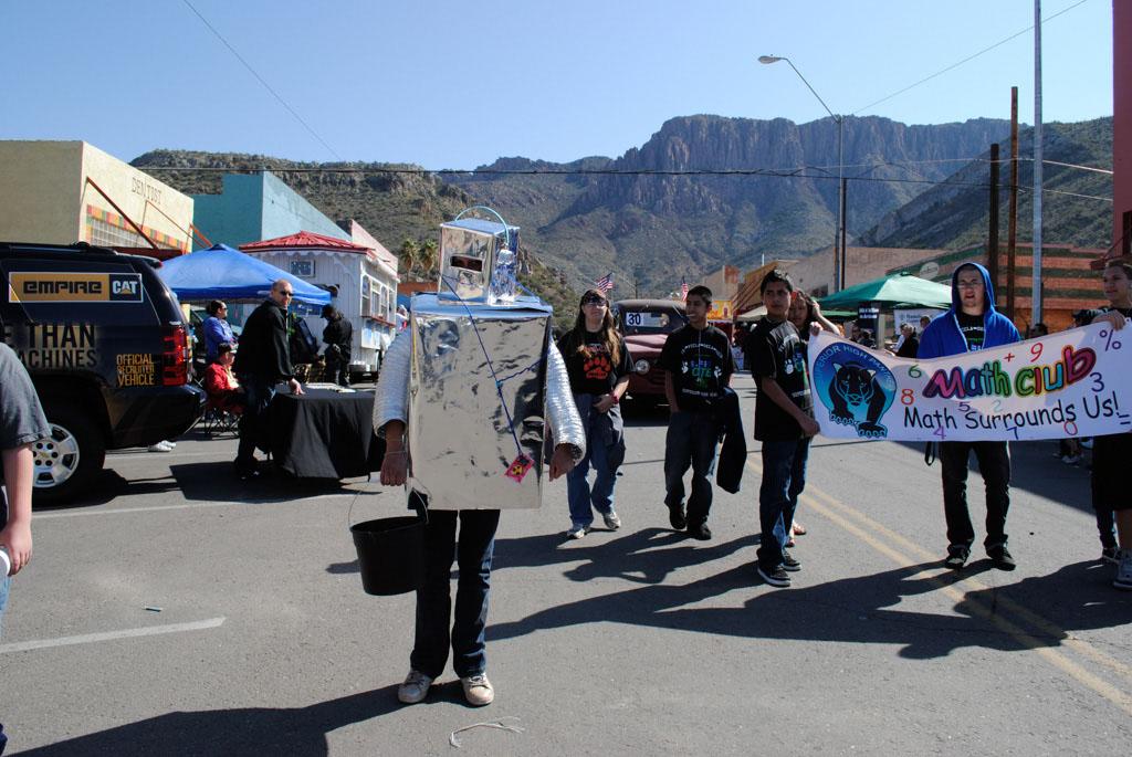apache leap festival parade 086