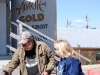 apache leap fest mayor &people on the street 001