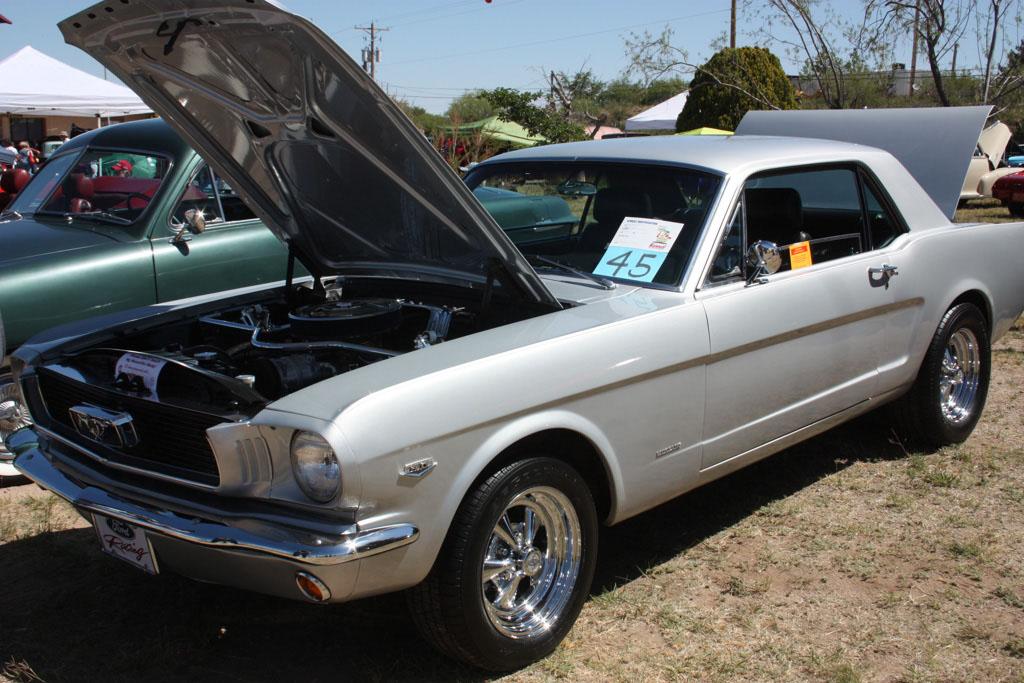 2012 Oracle Spring Run Car Show_011