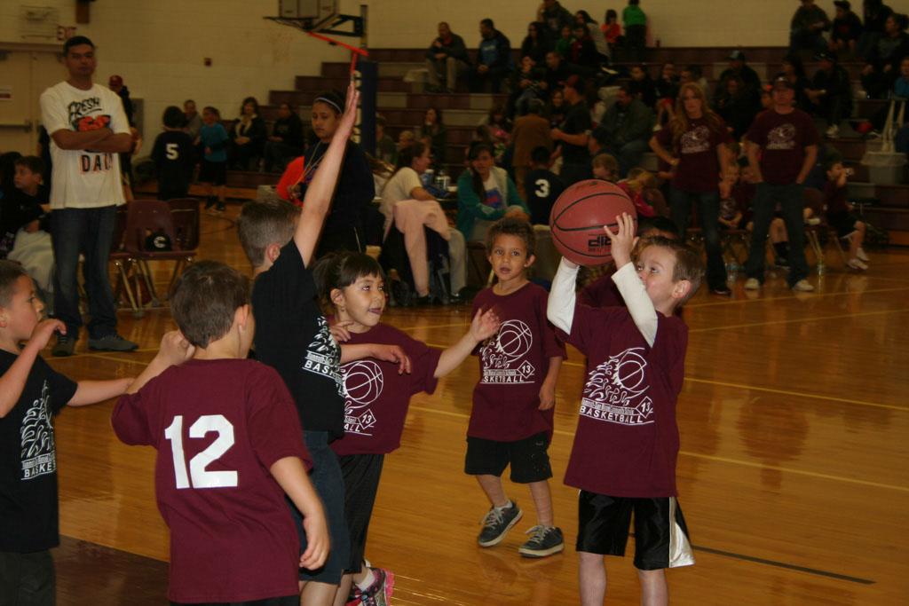 Community Schools Bball 2013_058