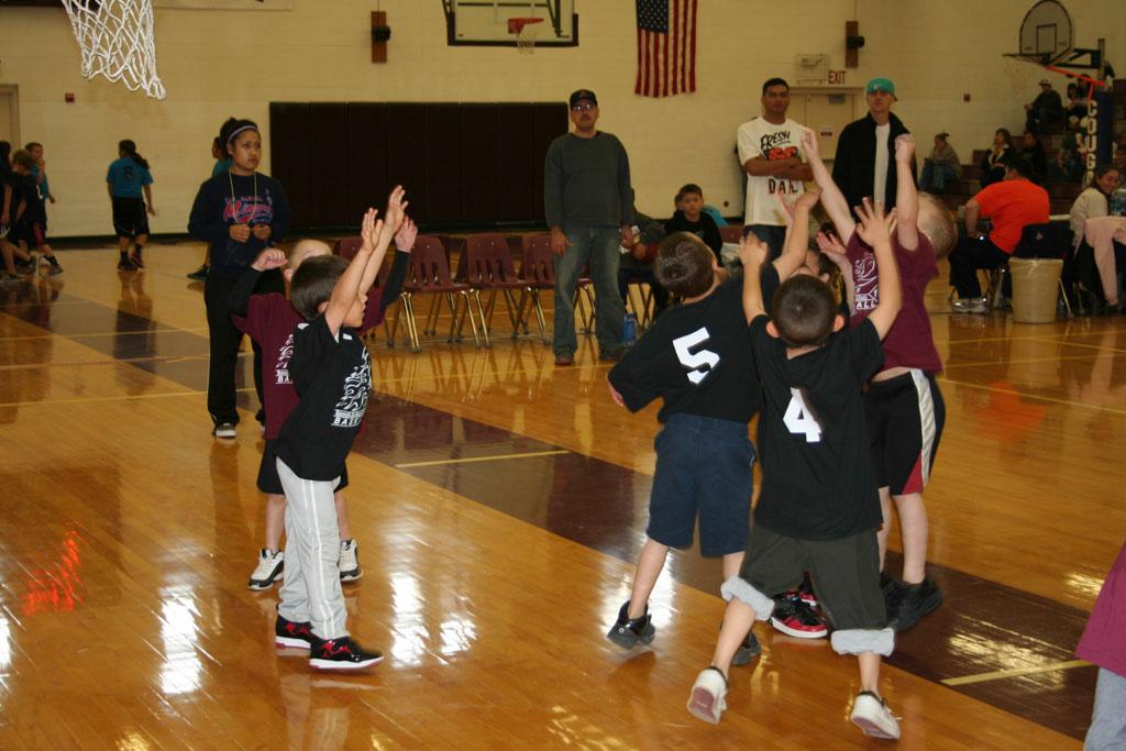 Community Schools Bball 2013_064