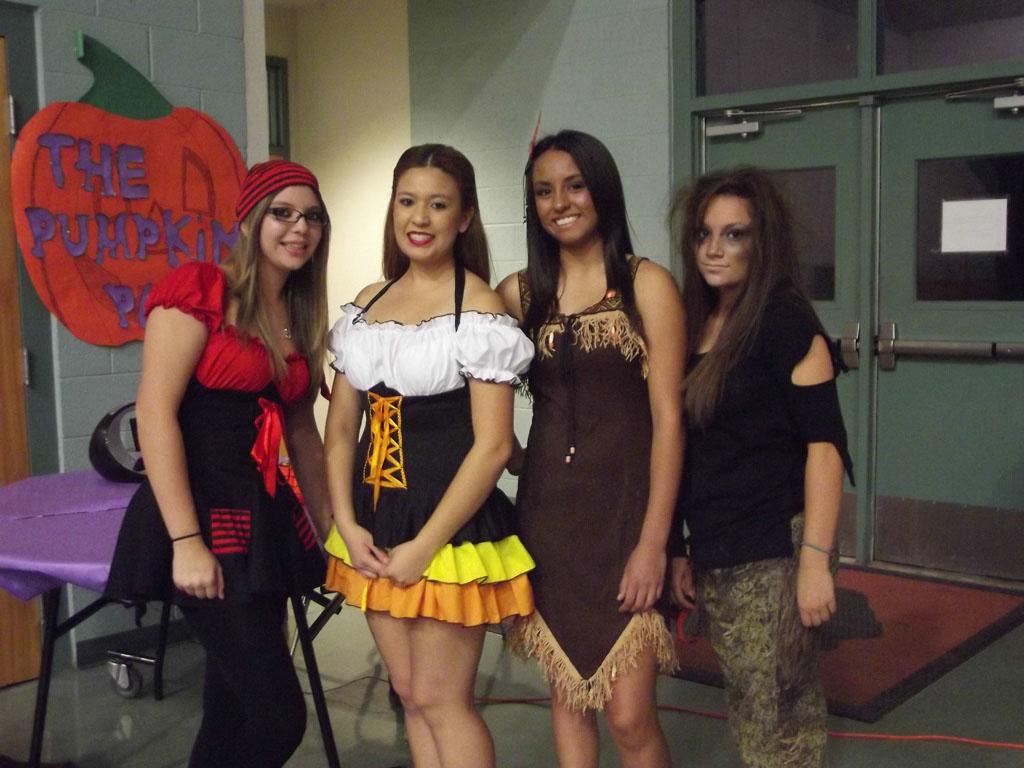 FCCLA Halloween Party 2012_004