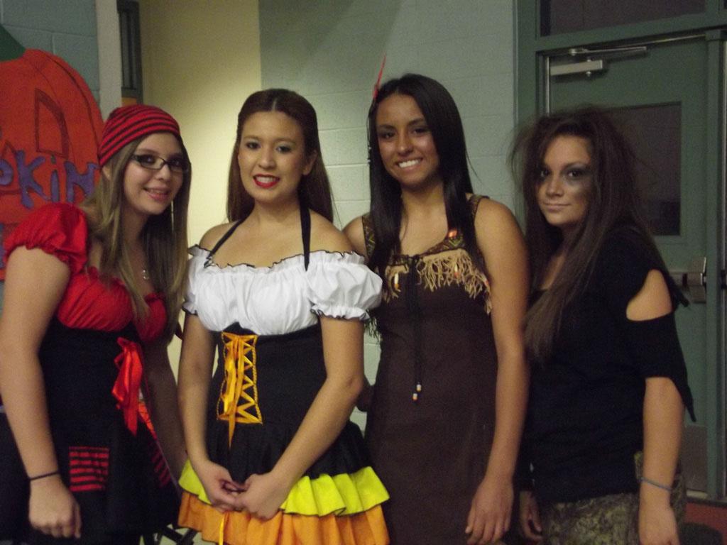 FCCLA Halloween Party 2012_005