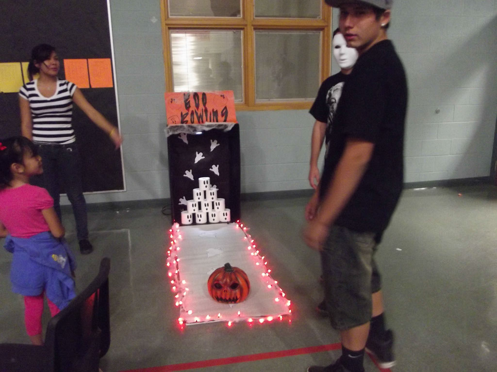 FCCLA Halloween Party 2012_008