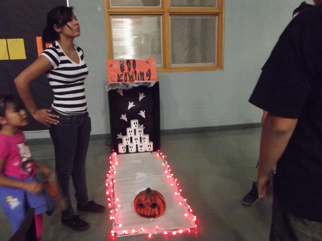 FCCLA Halloween Party 2012_009