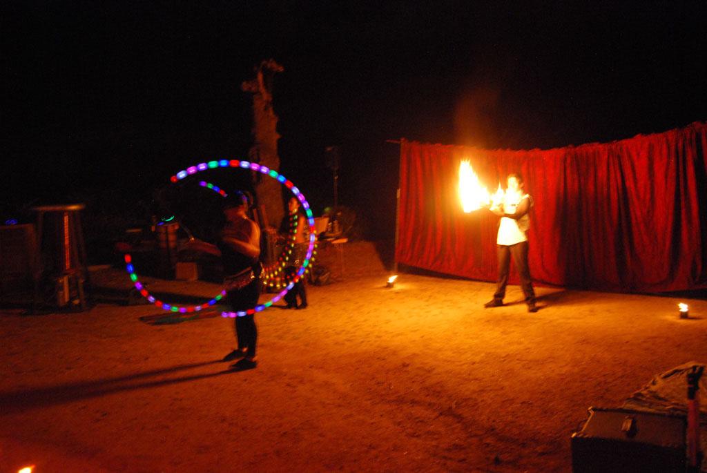 Glow-2013_114