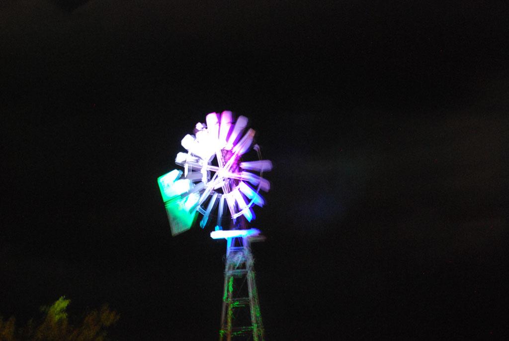 Glow-2013_263