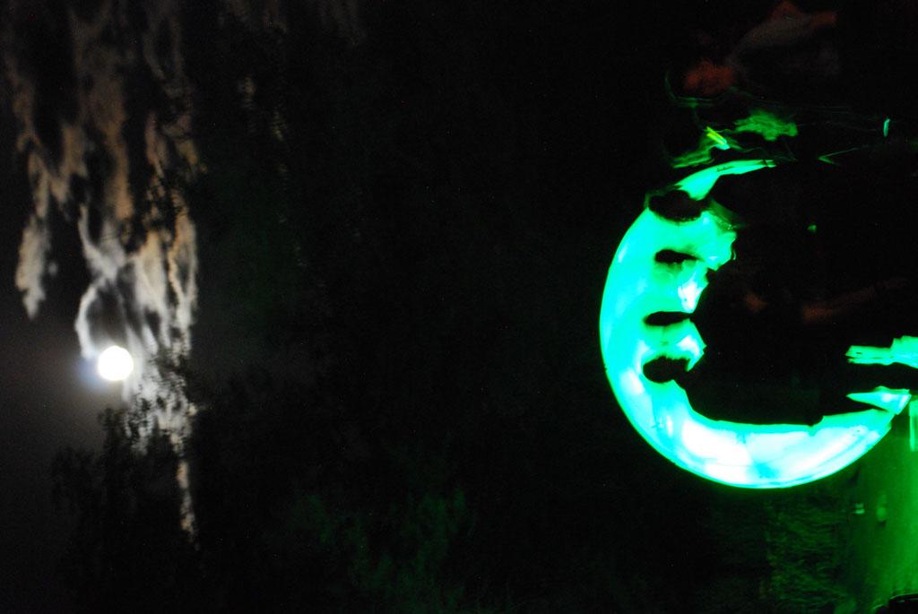 Glow-2013_270