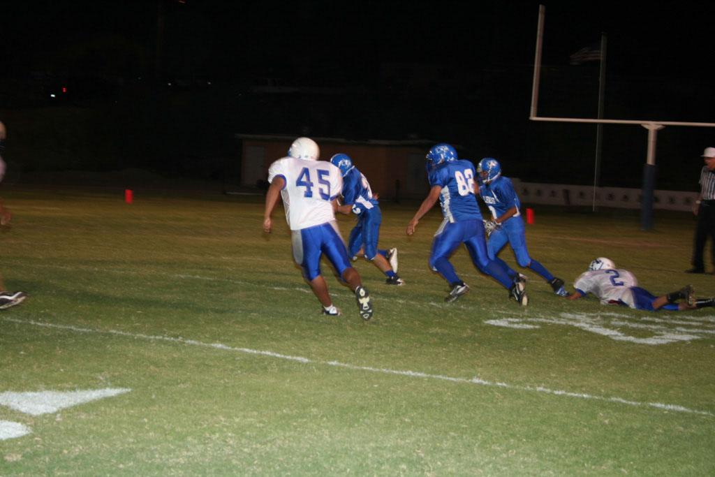 Lobo football vs ASDB_010
