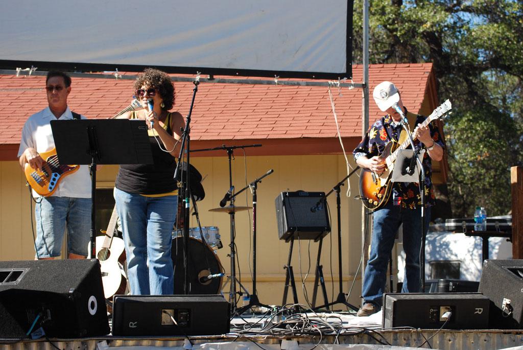 Rancho-Robles-Concert_084
