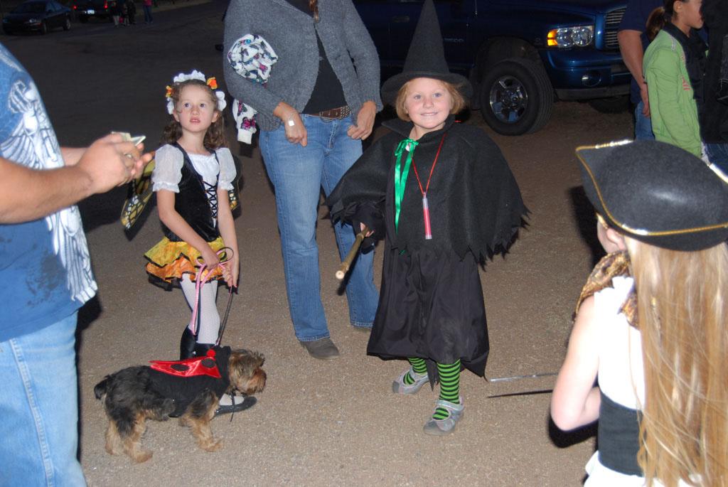 Tri-Community Halloween20111028_176