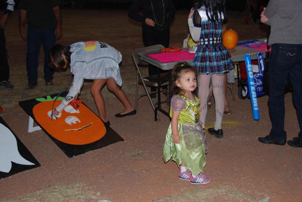 Tri-Community Halloween20111028_186