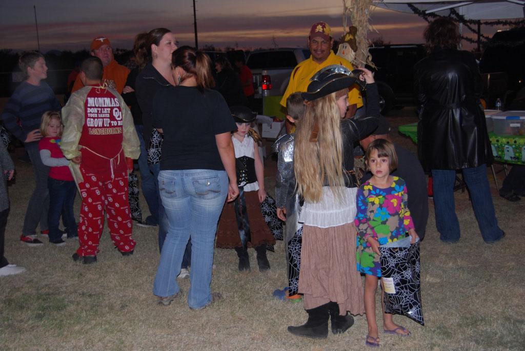 Tri-Community Halloween20111028_189