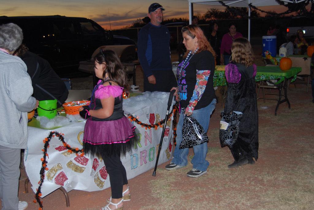 Tri-Community Halloween20111028_191