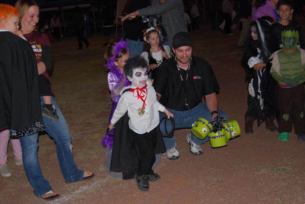 Tri-Community Halloween20111028_192