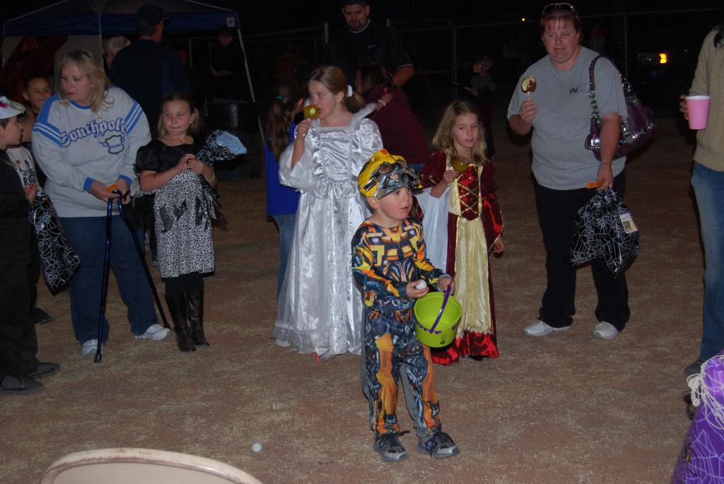 Tri-Community Halloween20111028_197