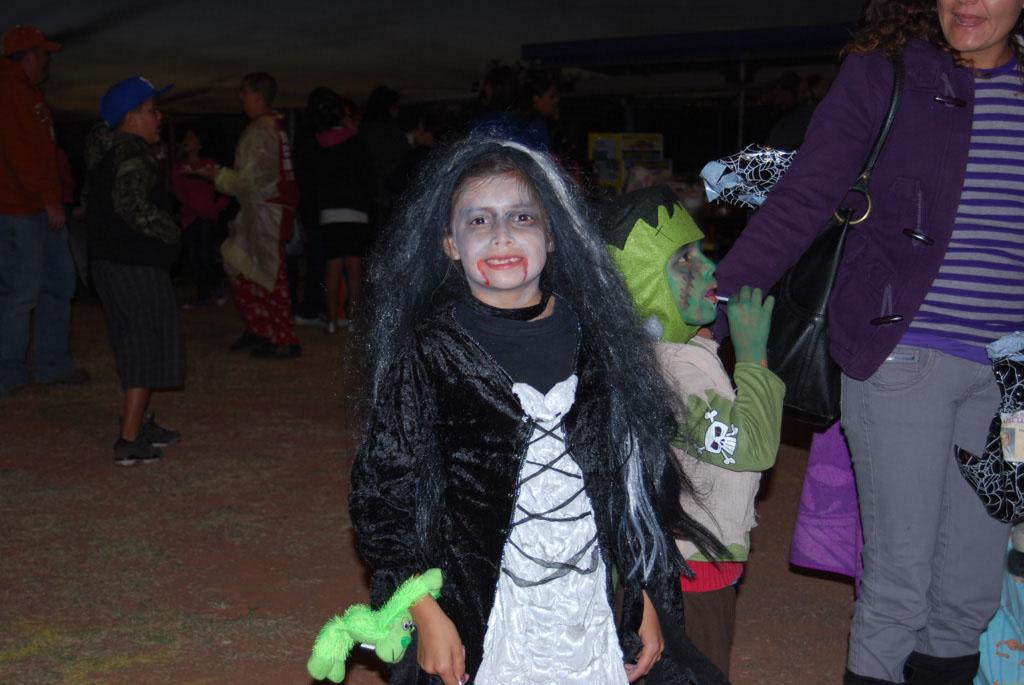 Tri-Community Halloween20111028_206