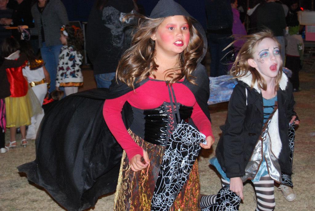 Tri-Community Halloween20111028_209