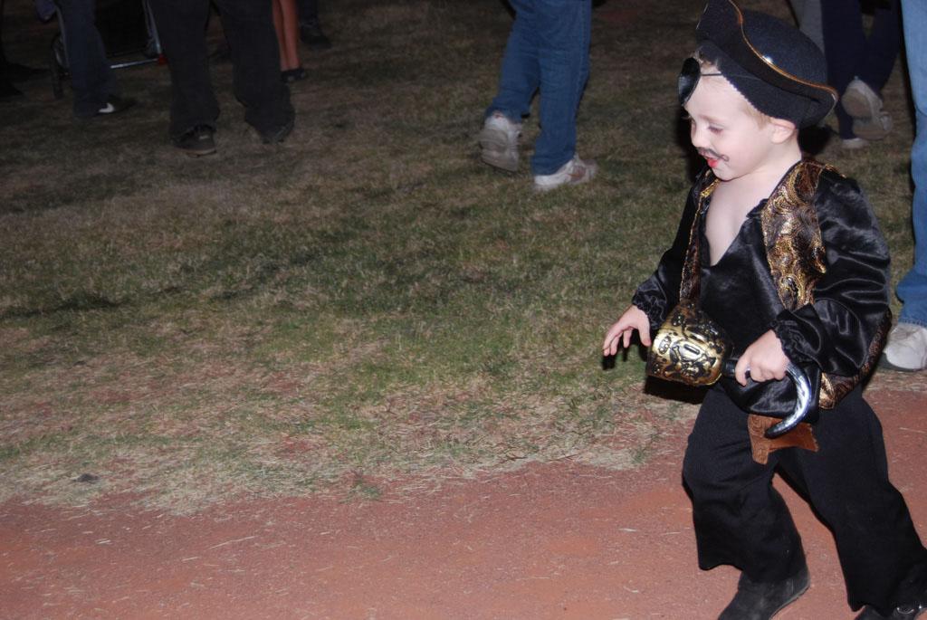 Tri-Community Halloween20111028_210