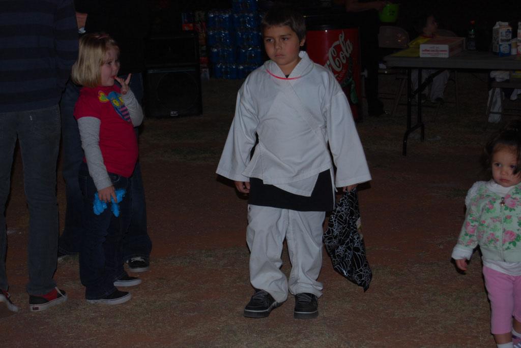 Tri-Community Halloween20111028_212