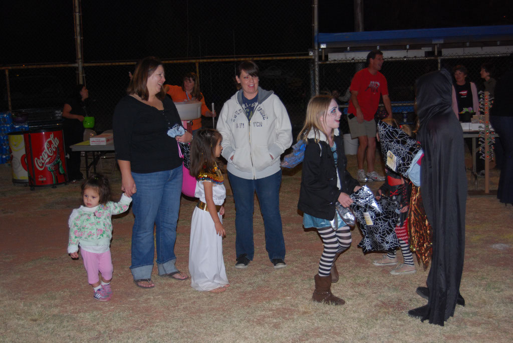 Tri-Community Halloween20111028_213