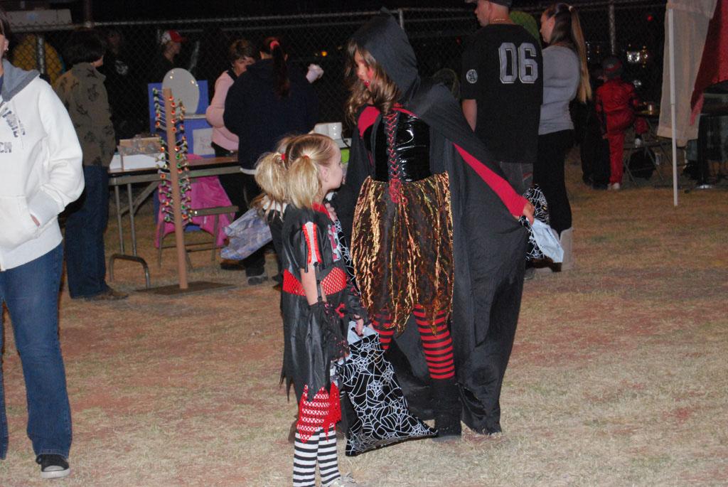 Tri-Community Halloween20111028_214