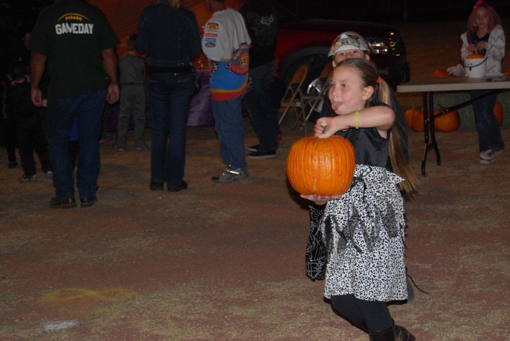 Tri-Community Halloween20111028_216