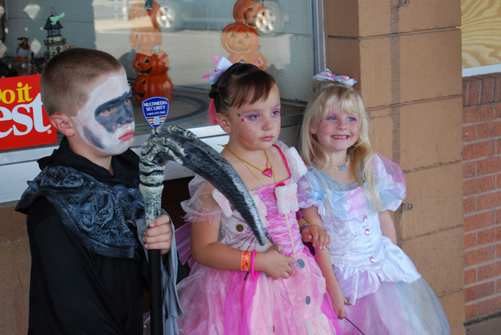 Tri-Community Halloween20111031_001