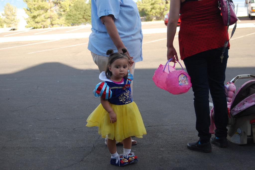 Tri-Community Halloween20111031_003