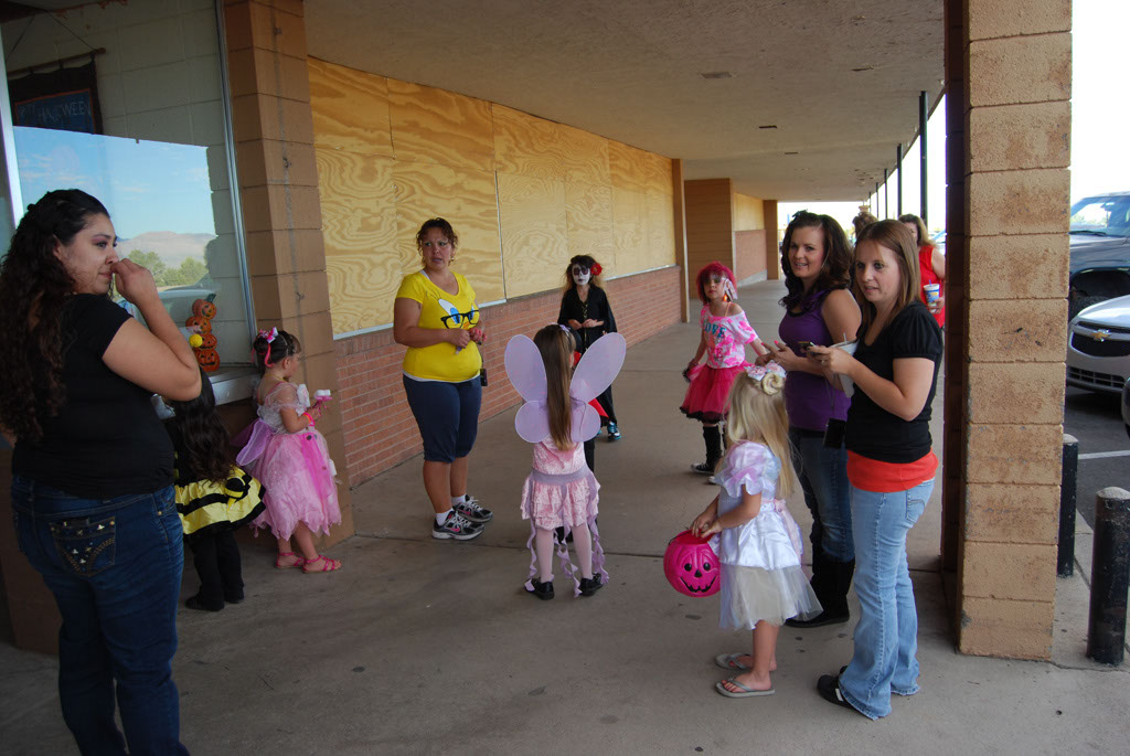 Tri-Community Halloween20111031_007