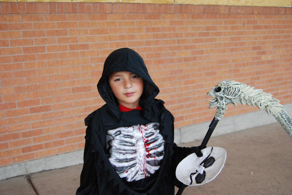Tri-Community Halloween20111031_010