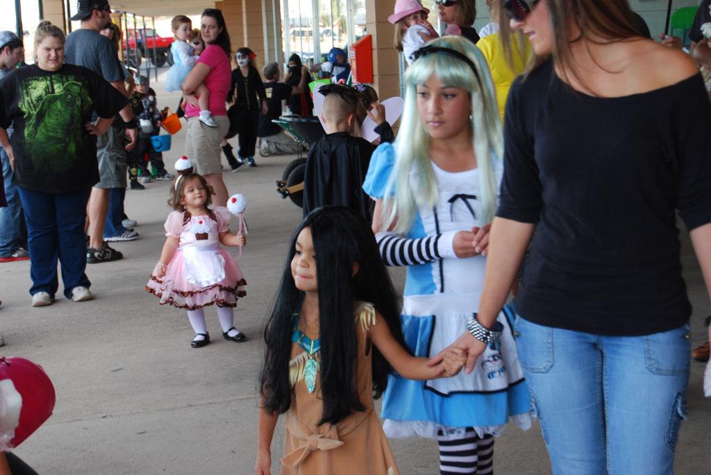 Tri-Community Halloween20111031_011