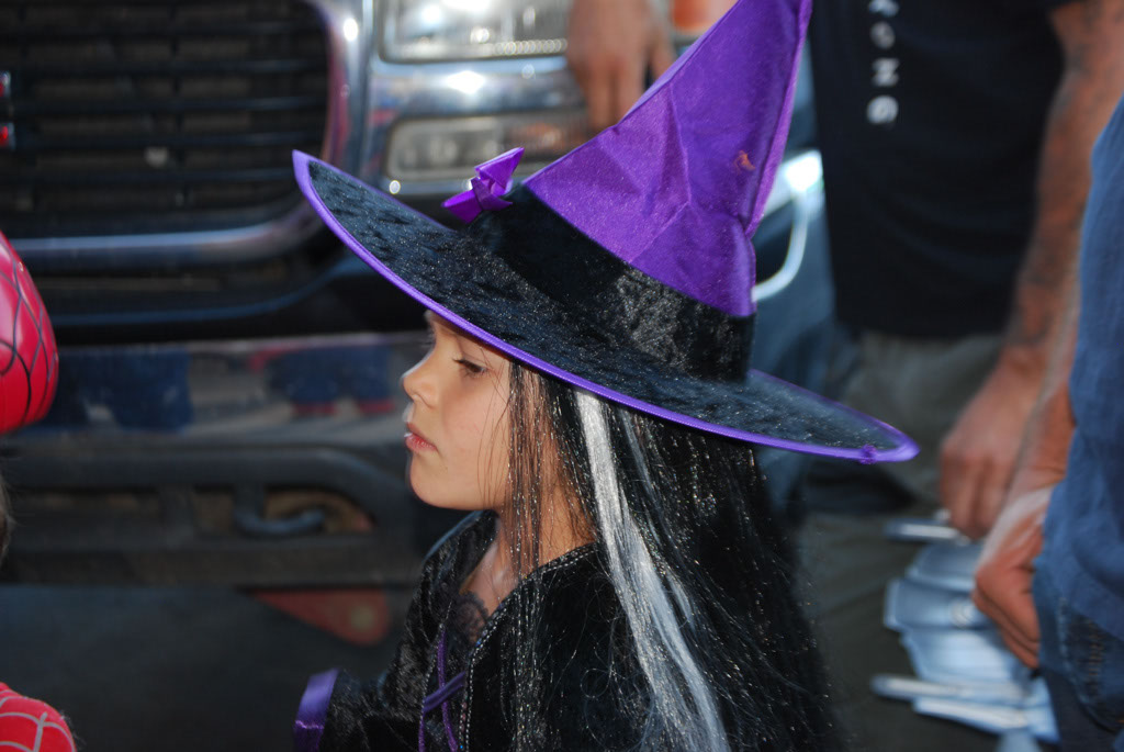 Tri-Community Halloween20111031_033