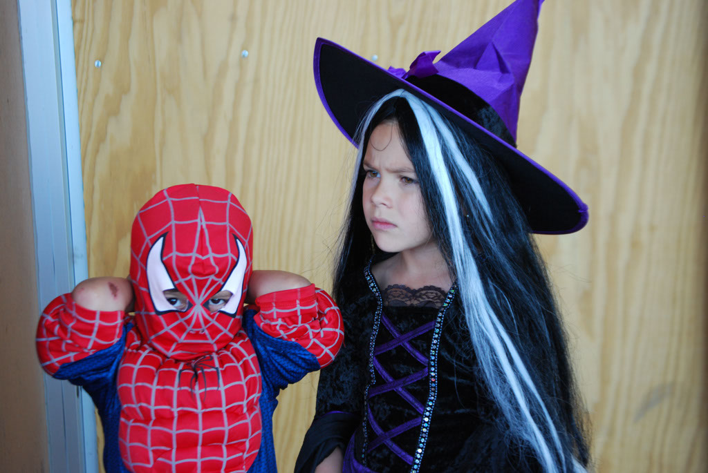 Tri-Community Halloween20111031_035