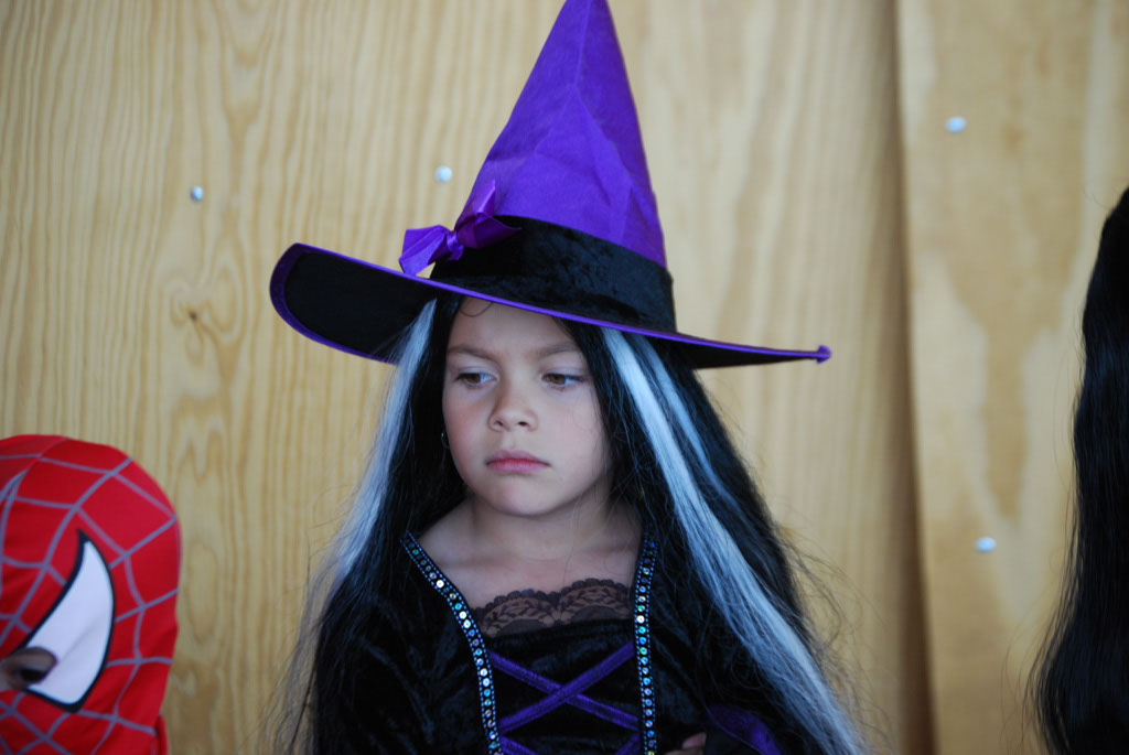 Tri-Community Halloween20111031_036
