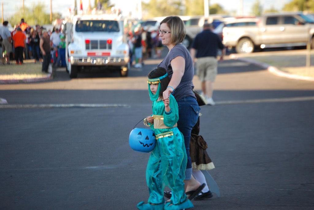Tri-Community Halloween20111031_046