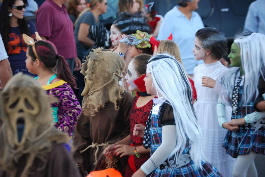 Tri-Community Halloween20111031_049