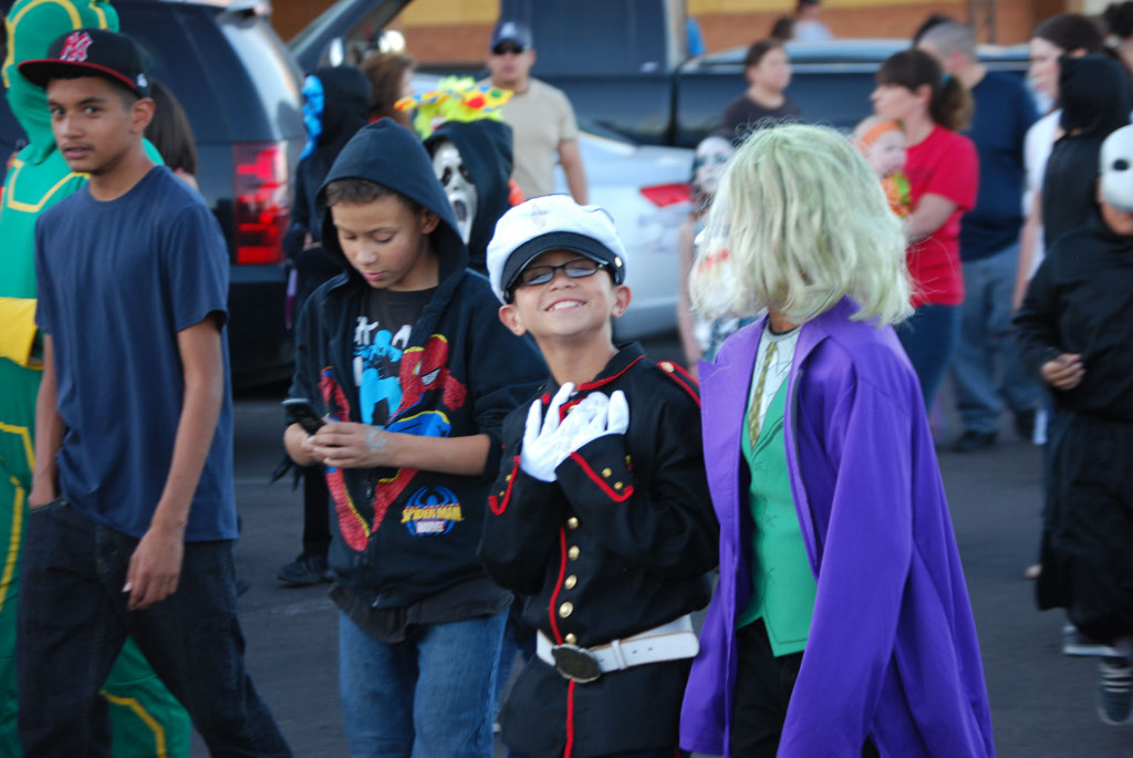 Tri-Community Halloween20111031_055