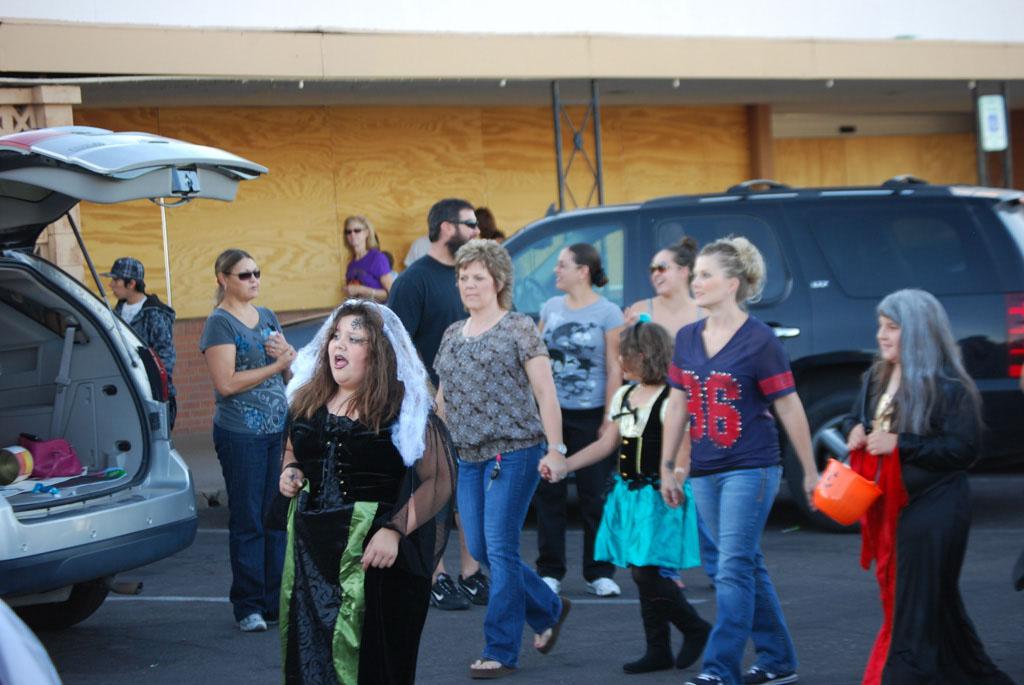Tri-Community Halloween20111031_058