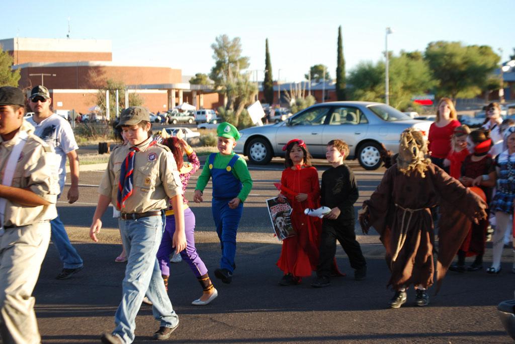 Tri-Community Halloween20111031_063