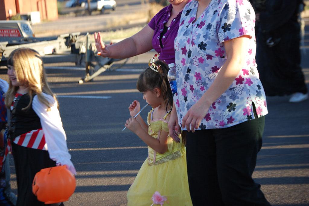 Tri-Community Halloween20111031_078