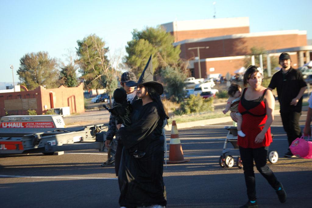 Tri-Community Halloween20111031_079