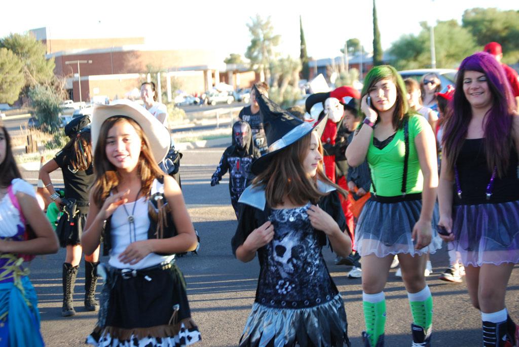 Tri-Community Halloween20111031_084