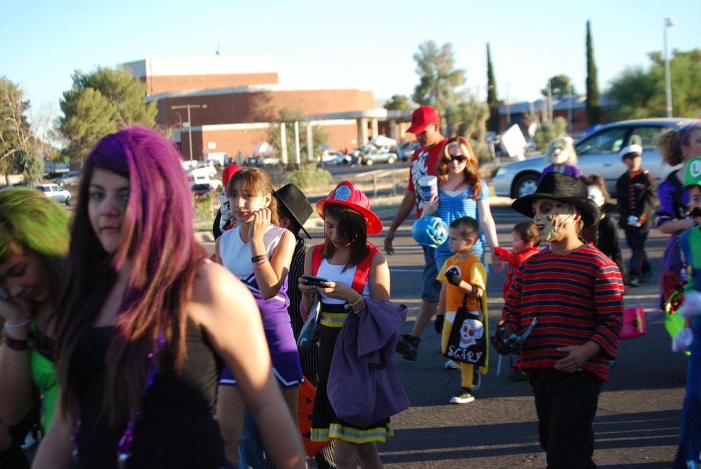 Tri-Community Halloween20111031_085