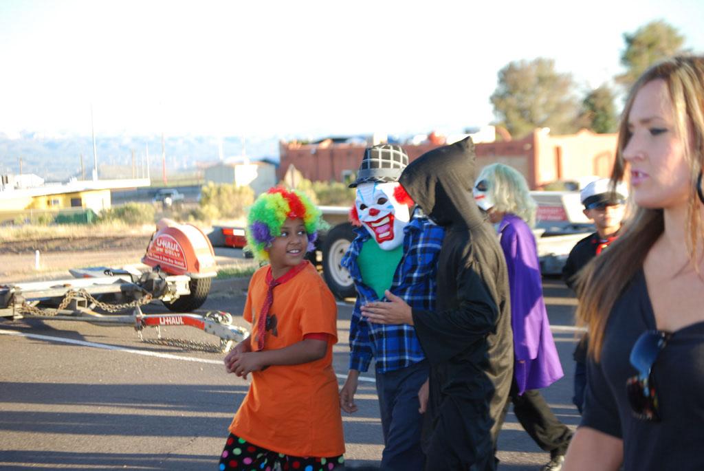 Tri-Community Halloween20111031_090