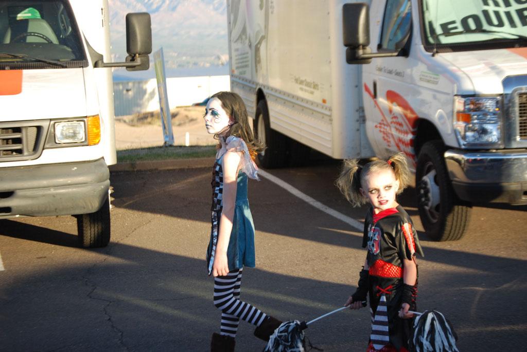 Tri-Community Halloween20111031_096