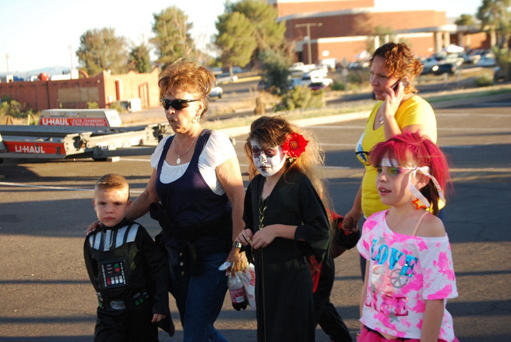 Tri-Community Halloween20111031_098