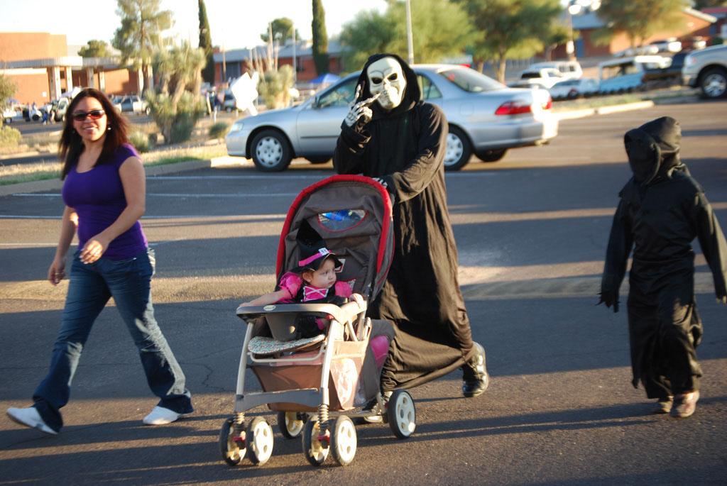 Tri-Community Halloween20111031_099
