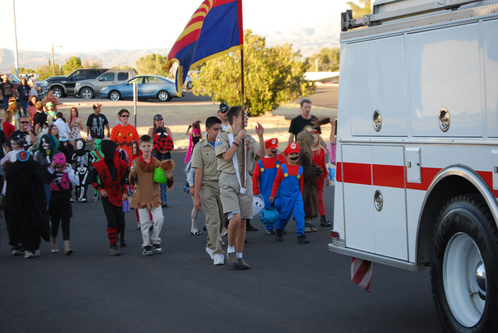 Tri-Community Halloween20111031_103